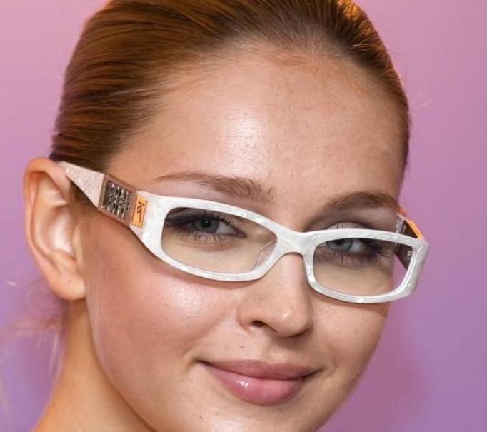 okulary a kształt twarzy