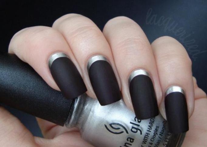 manicure czarny mat