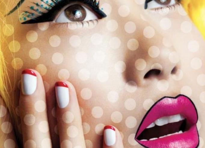 manicure czerwone końcówki