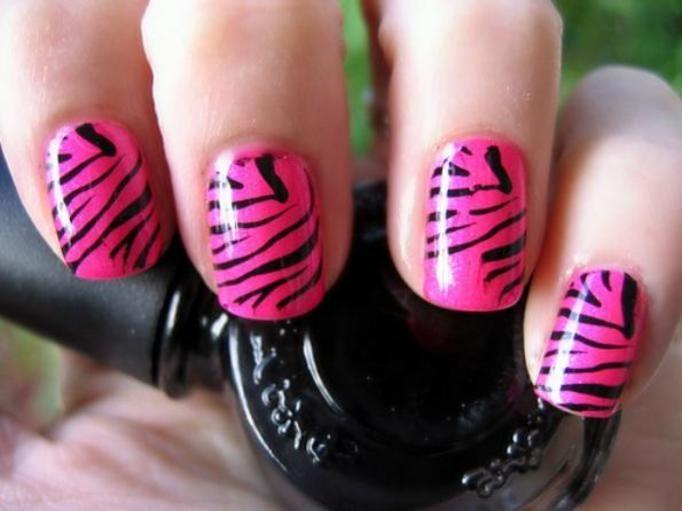 manicure prążki