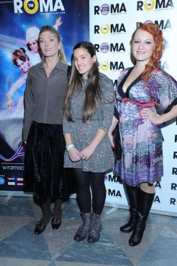 Małgorzata Lewińska z córkami