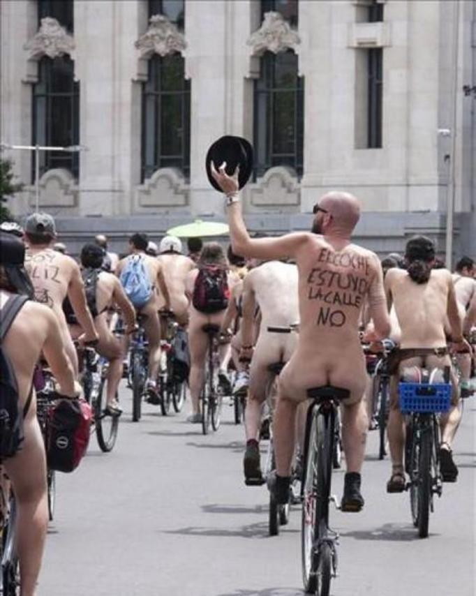 Światowy Dzień Nagiej Jazdy na Rowerze
