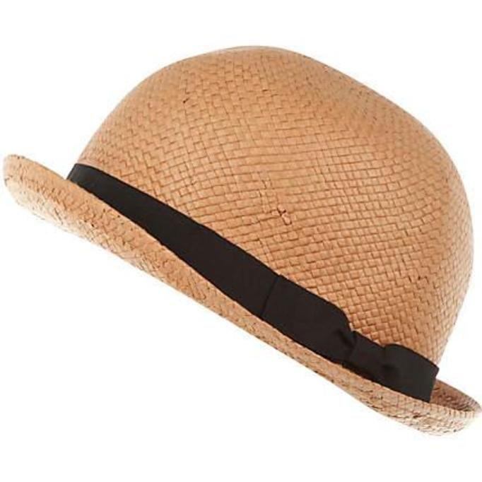 okulary i kapelusze