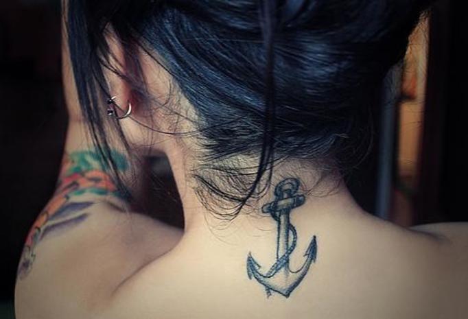 Tatuaże Na Szyi I Karku Inspirujące Wzory Tylko Dla