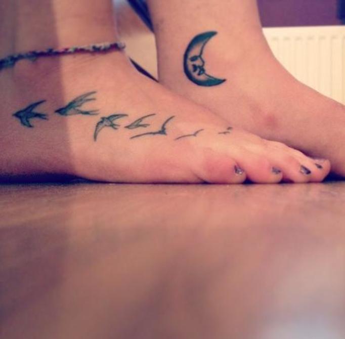 Tatuaże Na Stopach Oryginalne Inspirujące Wzory W Sam
