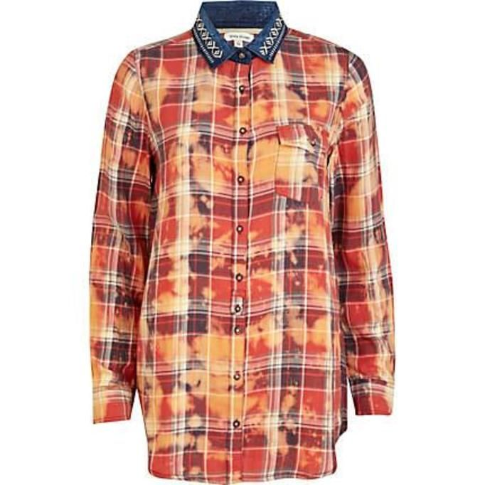 Koszula w Koszula w katę - River Island, ok. 49złkatę - New Look, ok. 49zł