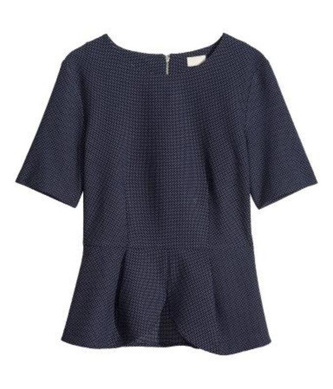 bluzka z baskinką H&M, ok. 139zł