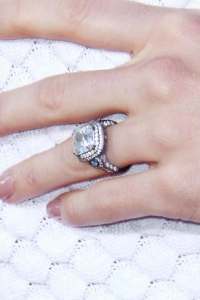 Pierścionek zaręczynowy Jessiki Biel