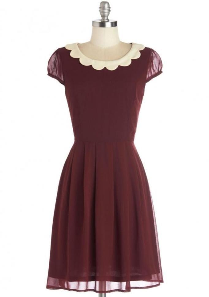 7 sukienek, które każda kobieta powinna mieć w swojej szafie