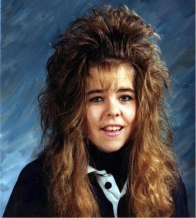 fryzura lata 80