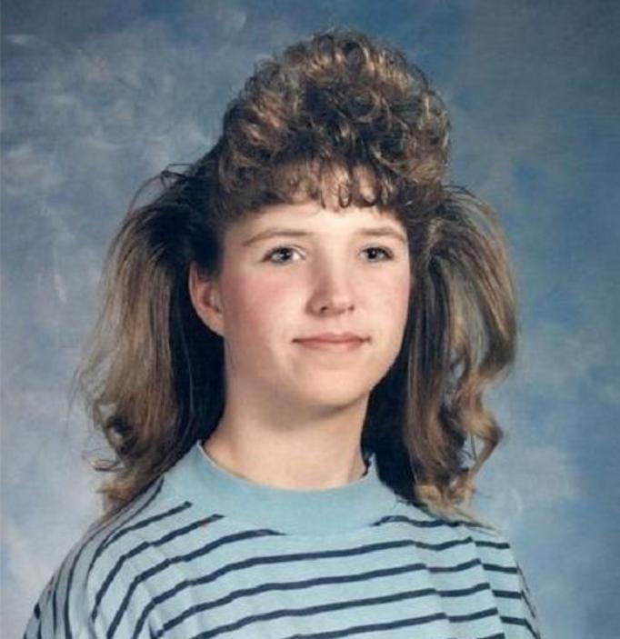 Absurdalnie Złe Fryzury Z Lat 80 90 Na Szczęście Moda Się