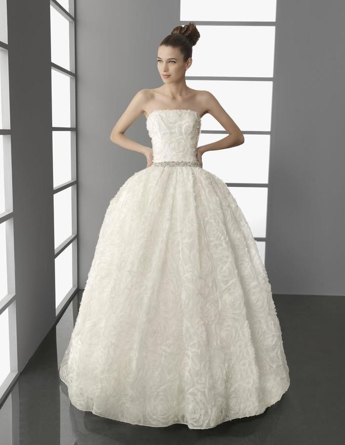 Suknia ślubna typu Princess