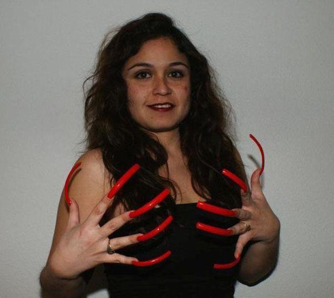 najdłuższe paznokcie