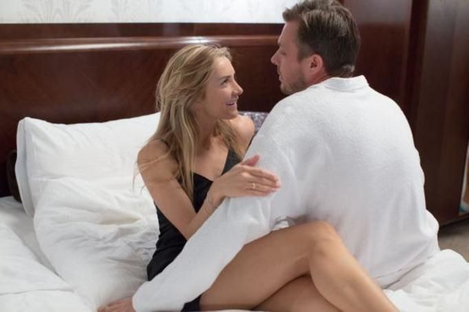 seks w serialach