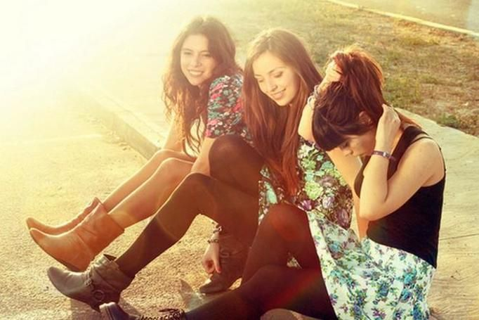 trzy koleżanki