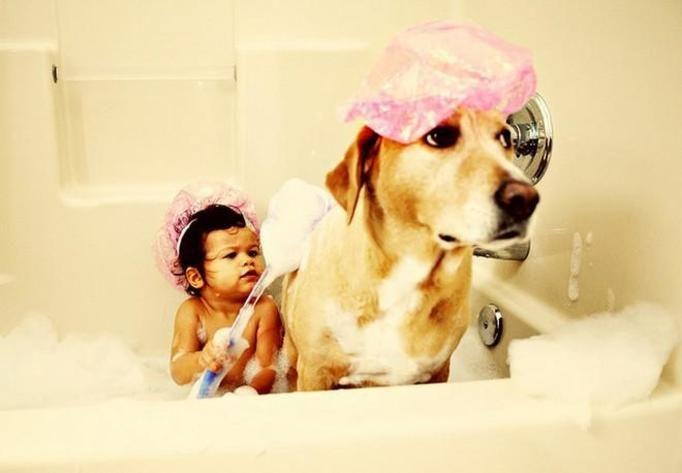 maluch w kąpieli