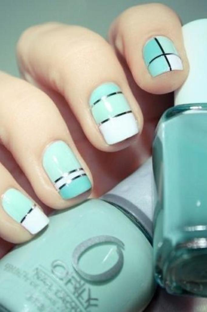 manicure metaliczne paski