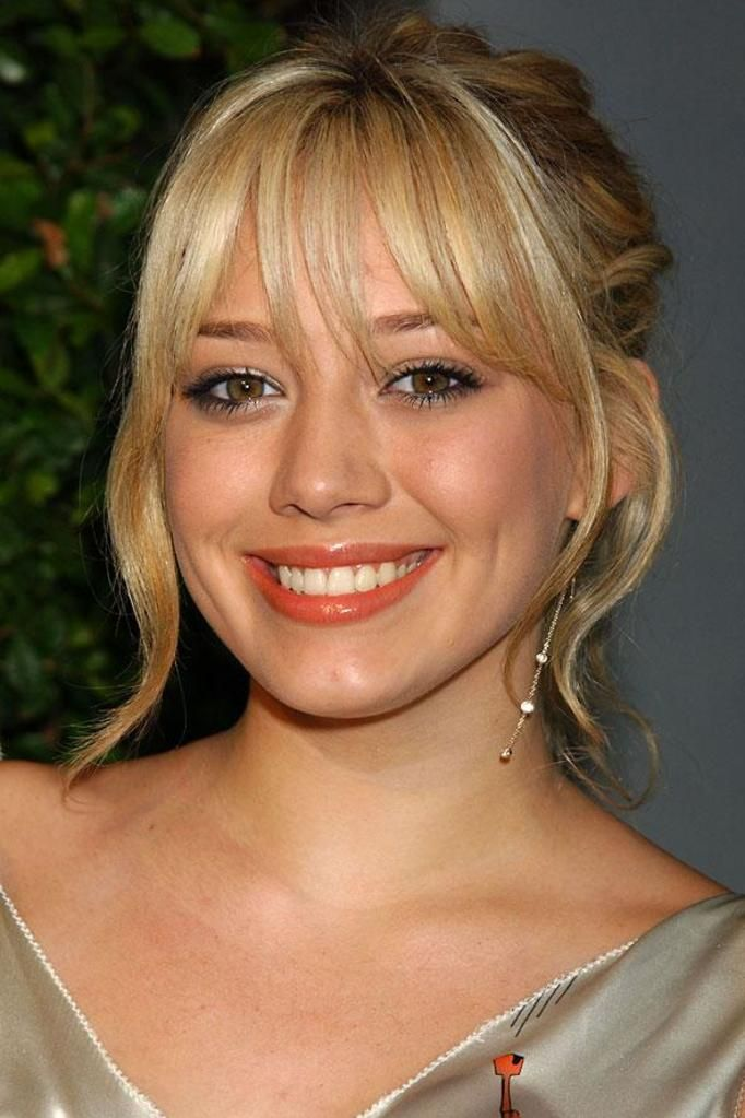 Hilary Duff teeth