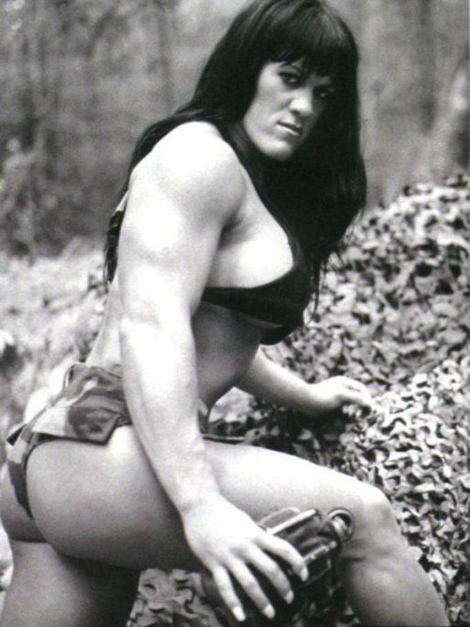 Chyna, Joan Marie Laurer
