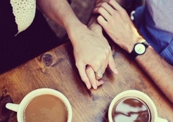 trzymanie się za ręce