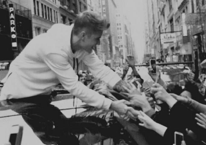 Z kim Justin Bieber spotyka się w prawdziwym życiu