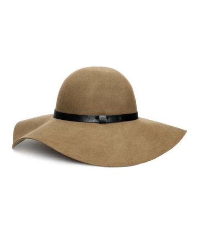 kapelusz H&M, ok. 79zł