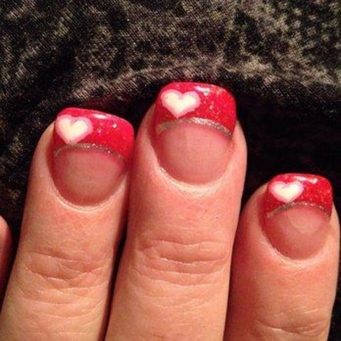 Najbrzydszy walentynkowy manicure