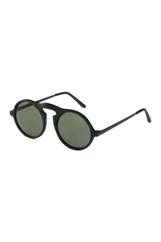okulary przeciwsłoneczne H&M, ok. 49zł