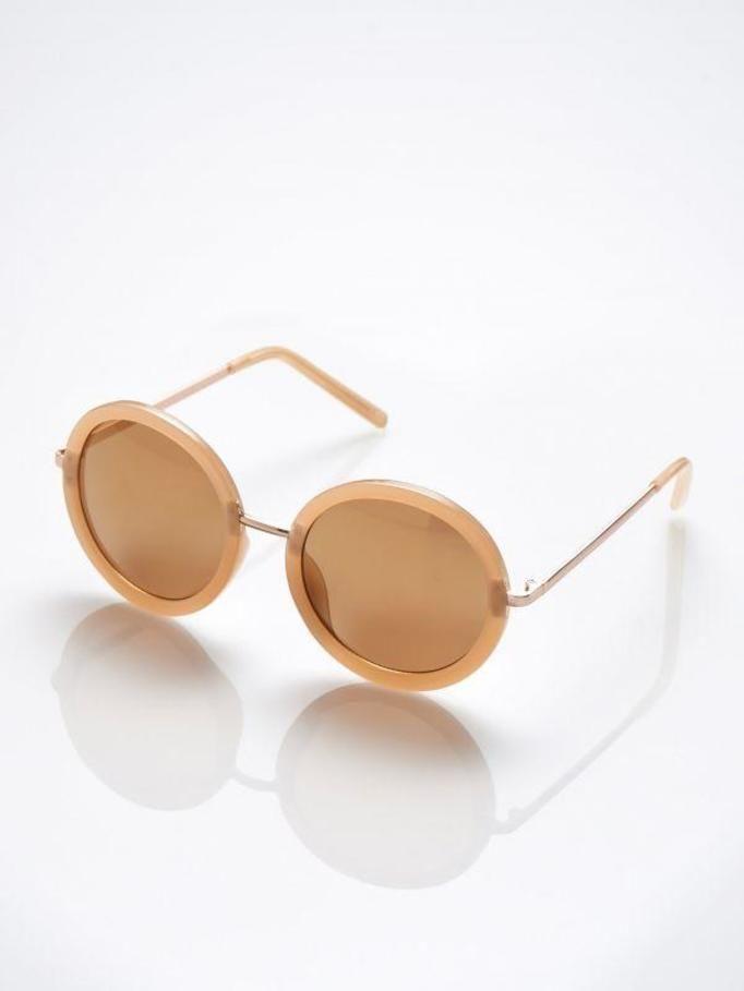 okulary przeciwsłoneczne Mohito, ok. 59zł