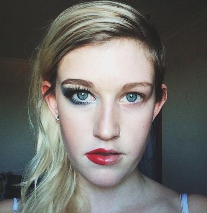 bez makijażu
