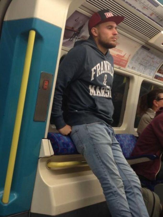 Przystojniacy z metra