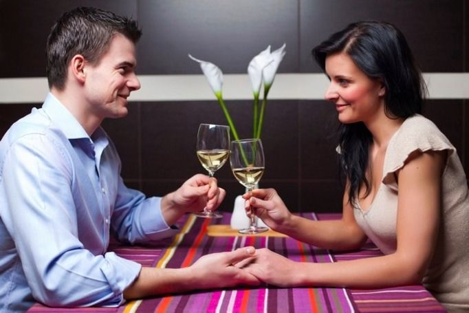 jak zachowywać się na randce