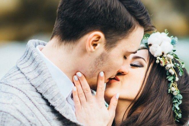 znaki zodiaku a całowanie