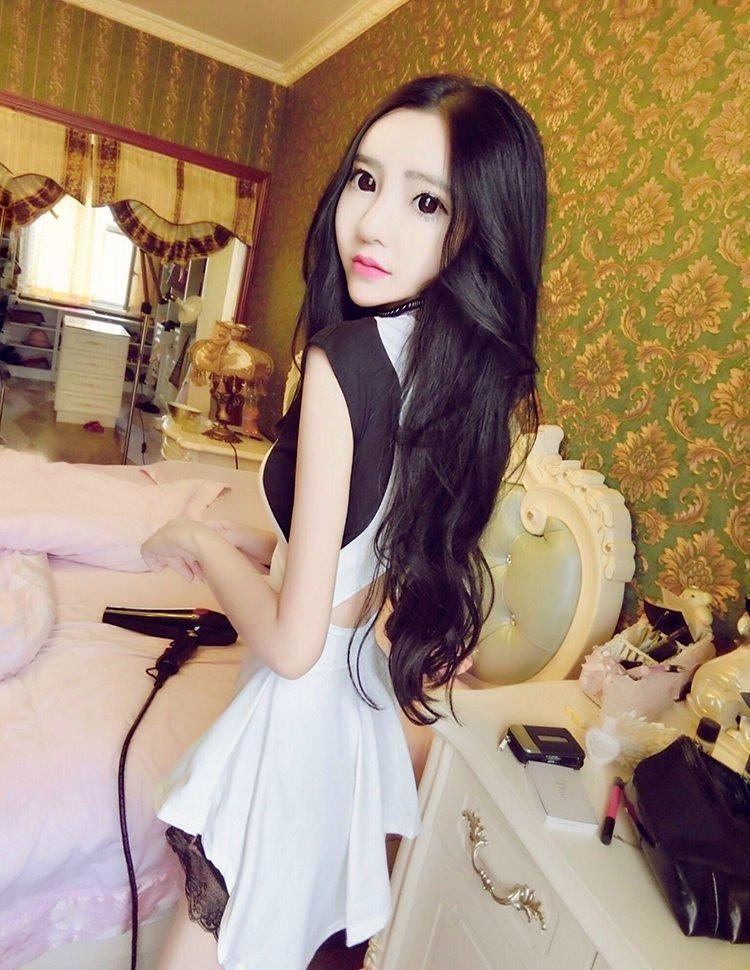 żywa lalka z Chin