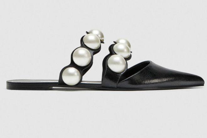 757d27f906818 Buty na płaskiej podeszwie z odkrytą piętą i sztucznymi perłami Zara ...