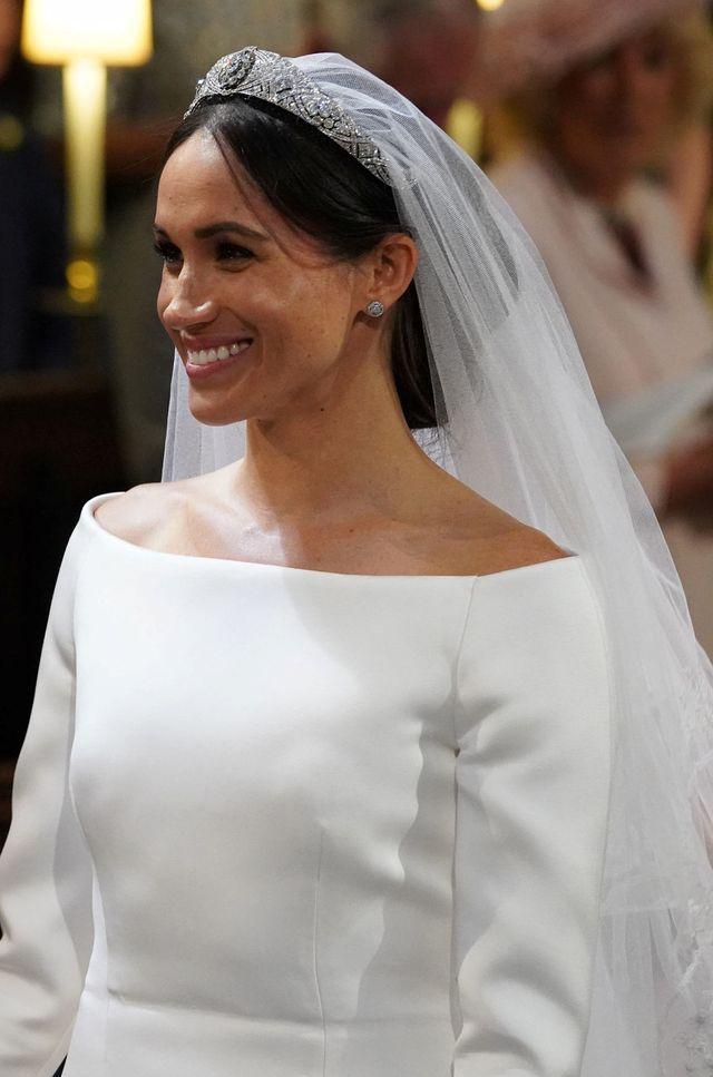 Zdjęcia Sukni ślubnej Meghan Markle Papilot