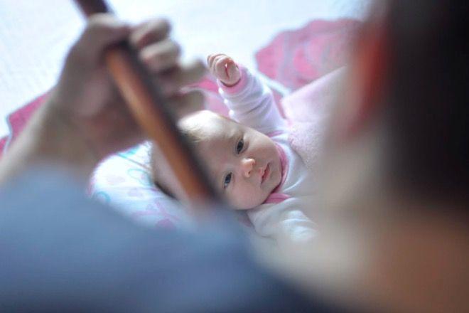 odwiedzanie małego dziecka
