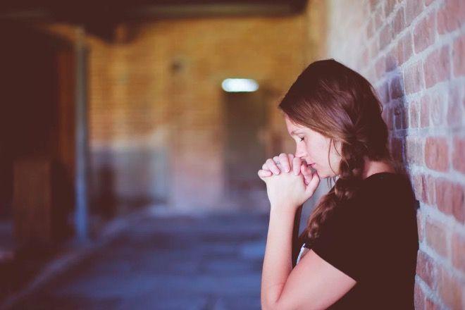 wierząca nastolatka