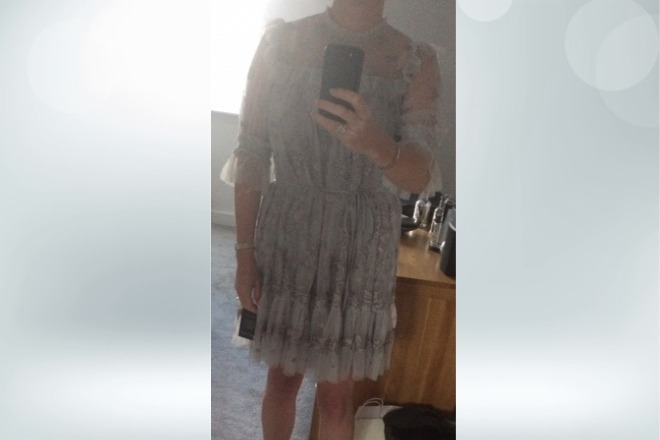 Wybrała sukienkę na ślub cywilny. Jej kreację skrytykowała najbliższa jej osoba