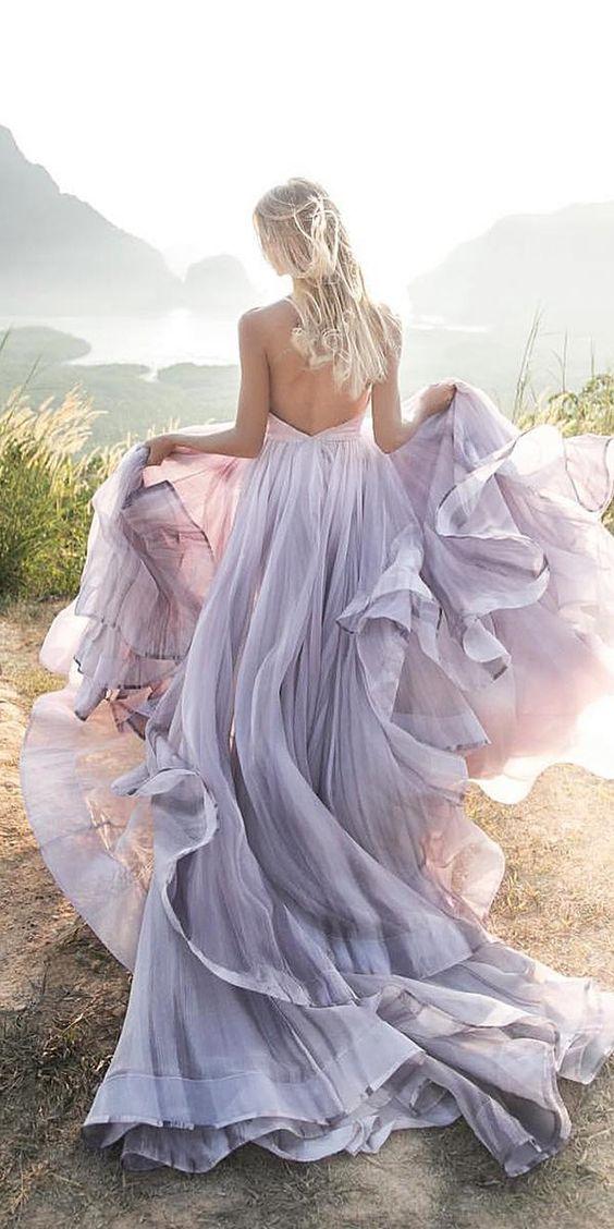 fioletowa suknia ślubna