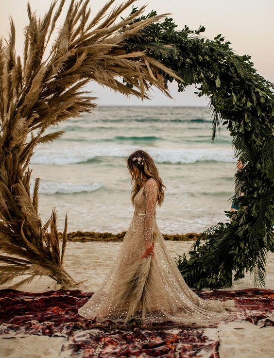 złota suknia ślubna