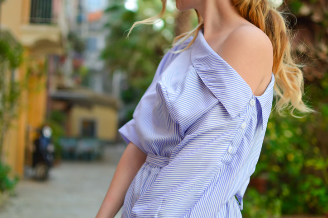koszula odsłaniająca ramię
